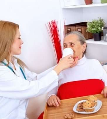 Hasta Bakıcı & Yaşlı Bakımı Kursu