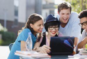 Eğitim Durumu Yetersiz Olan Üniversite Öğrencileri